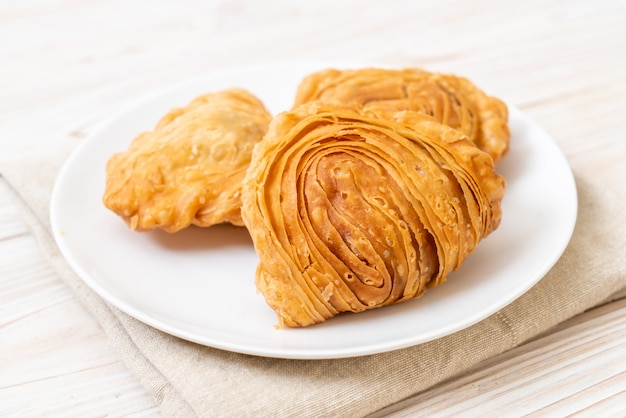 Chicken curry puff pastry