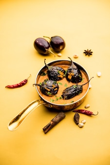 Chicken curry with legs or drumstick  or murg tangri or tangdi masala