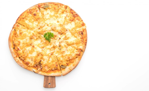Chicken grilled pizza with thousand island sauce