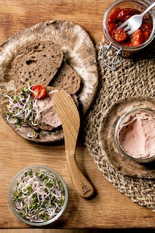 Chicken liver pate toasts