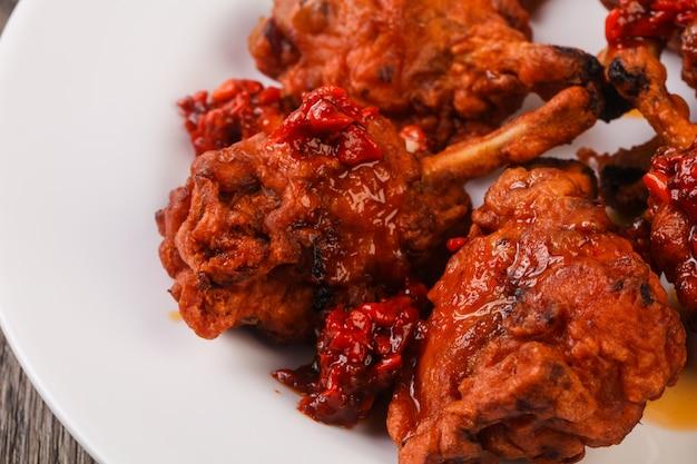 치킨 막대 사탕 프리미엄 사진