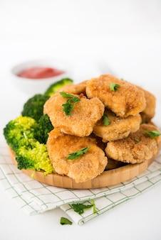 野菜とブロッコリーのチキンナゲット