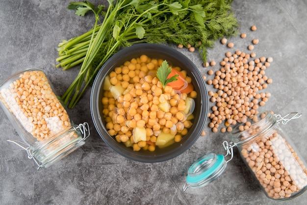 ひよこ豆の自家製スープと瓶
