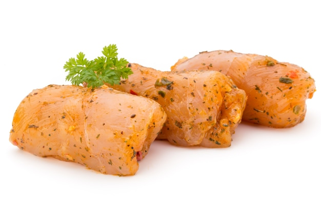 Куриные мясные рулеты изолированные изолированные Premium Фотографии