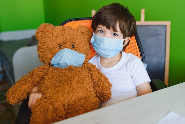 コロナウイルスの学習と執筆