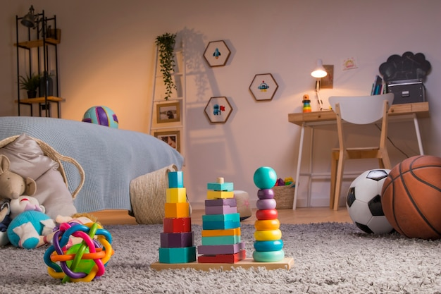 Детские игрушки натюрморт