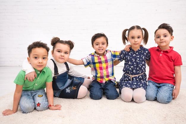 어린이 그룹 무료 사진