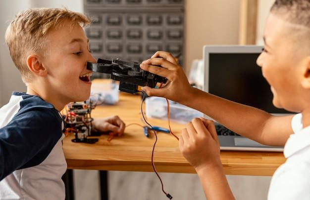 Children making robot