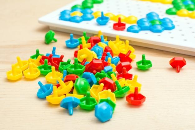 子供のモザイク、創造性のためのゲーム