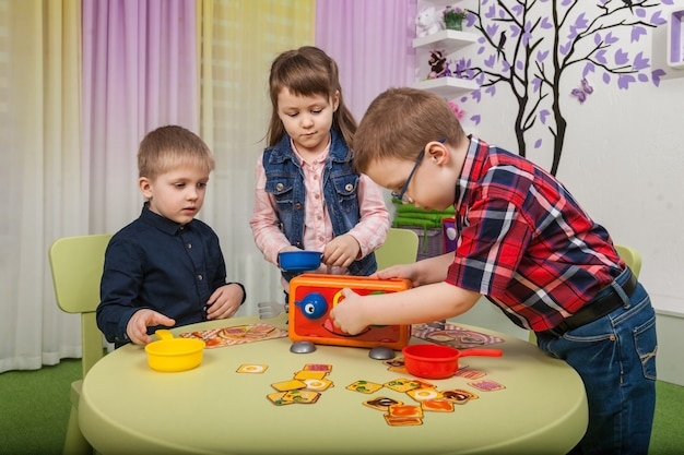Children play board games