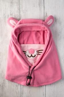 핑크 토끼 형태의 어린이 모자