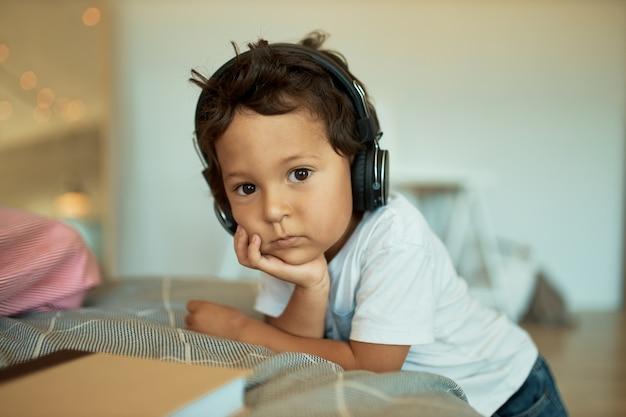 子供、テクノロジー、音