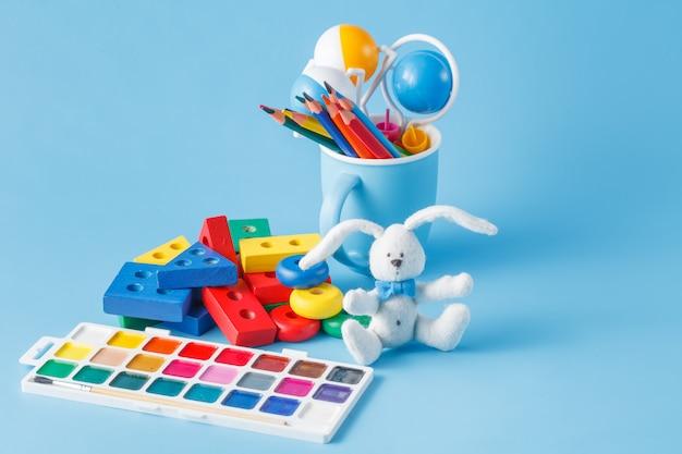 Детские игрушки для обучения навыкам