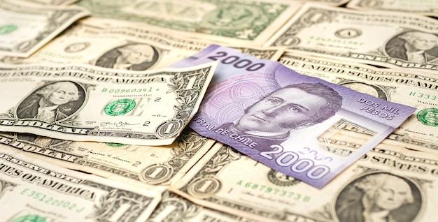 Чилийское песо с долларом сша для концепции иностранной валюты и чилийской экономики