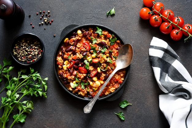 Chili con carne on the kitchen table