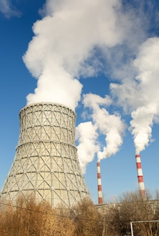 原子力発電所の煙突。原子力発電所の見方