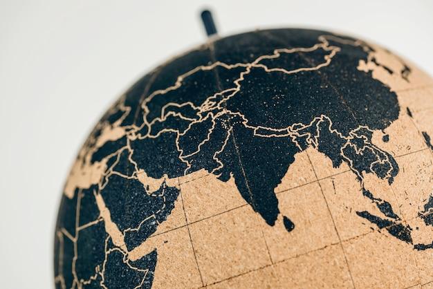 コルク地球儀上の中国、インド、東南アジア