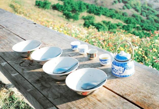 Chinese bowls and tea pot