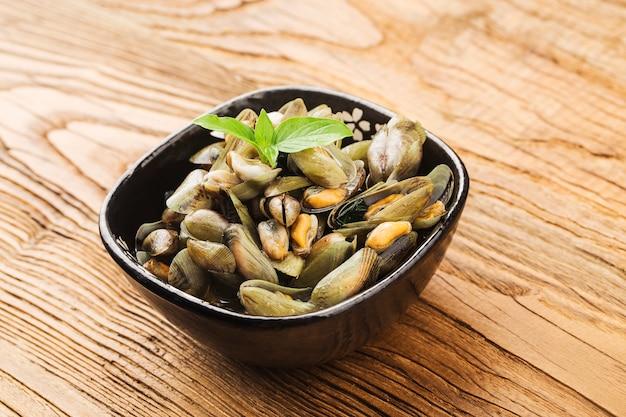 中国のchiuchow料理:musculus senhousのプレート