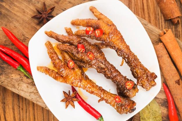 中国の点心鶏の足