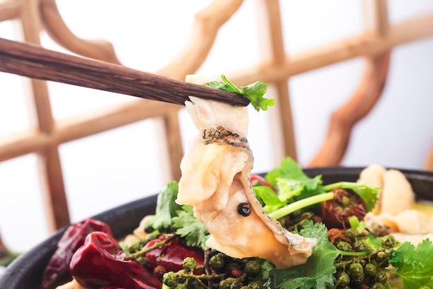 중국 음식 맛있는 생선 절임