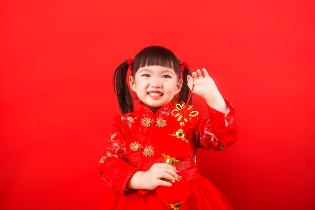 A chinese girl greeted the spring festival with a lantern