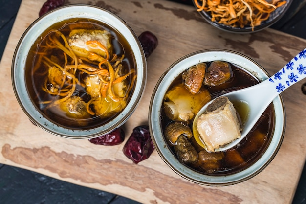Chinese medicine pork ribs stew