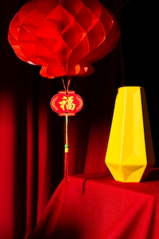 중국 새해 2021 황금 꽃병 장식