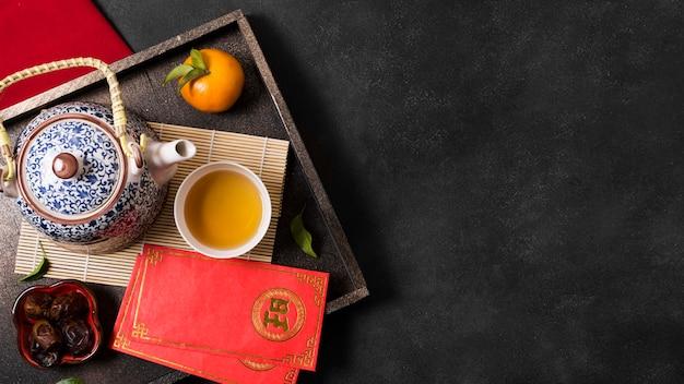 Концепция китайского нового года с чайником