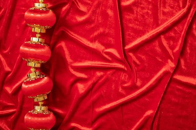 コピースペースの敵と金色と赤の背景に挨拶中国の旧正月は家族との幸せの伝統を祝う