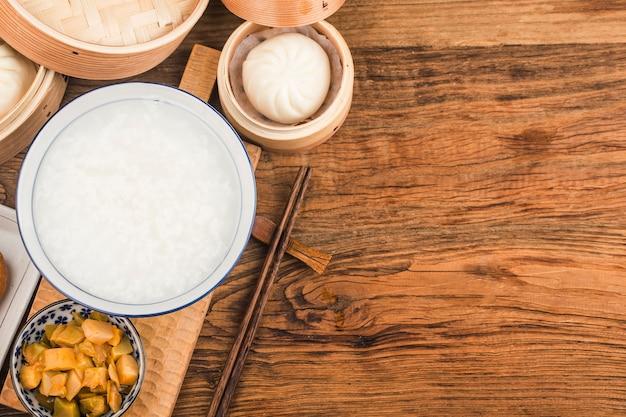 중국 죽 아침 세트, 튀긴 반죽 스틱, 백죽,