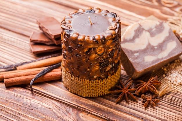 초콜릿 및 커피 스파 - 아로마 캔들, 수제 비누 및 목욕 진주