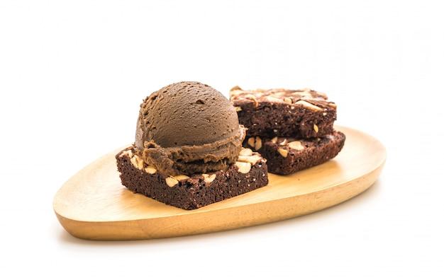 Chocolate brownies with chocolate ice cream