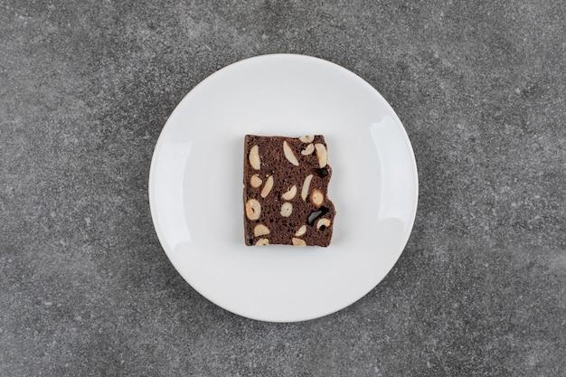 ピーナッツとチョコレートケーキ