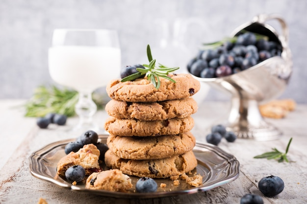 Chocolate chip and blueberries cookies