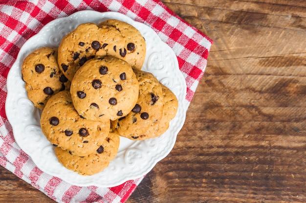 白地にチョコレートチップクッキー