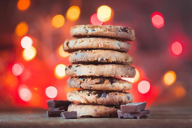 Печенье с шоколадной крошкой и крошкой
