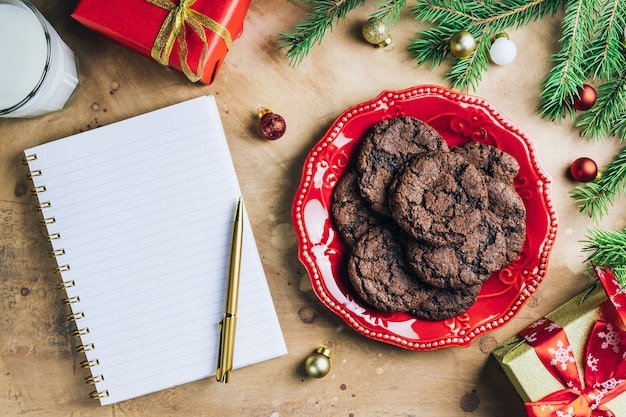 クリスマスのチョコレートクッキー