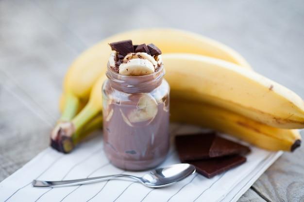 Chocolate pudding with banana.