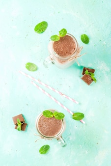 Chocolate smoothie with mint in mason jar