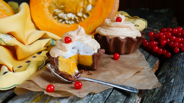 Chocolate tartlet of pumpkin soufflãƒâ© and meringue