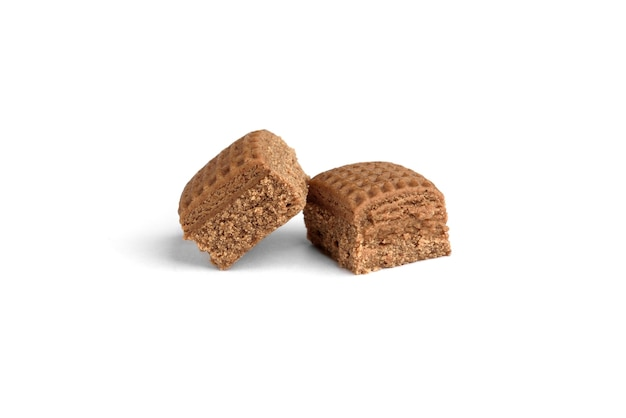 초콜릿 토피 사탕 사각형 흰색 배경에 고립입니다.