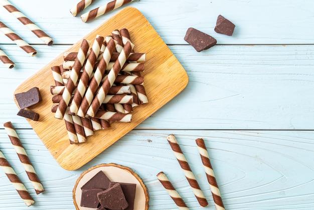 Chocolate wafers stick roll