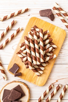 Chocolate wafers stick roll