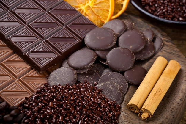 Chocolate with sliced dried orange and cinnamon sticks