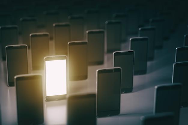 携帯電話を選ぶ多くのスマートフォン