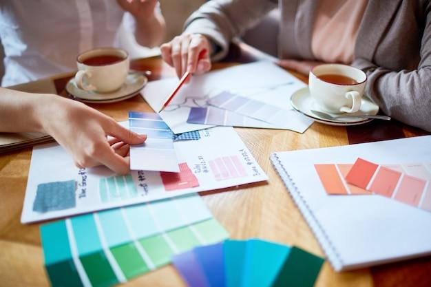 Choosing suitable color