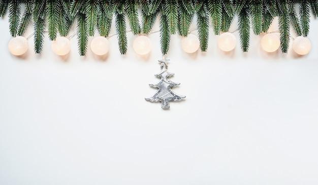 クリスマスと年末年始のトップビューボーダーデザインバナーの背景