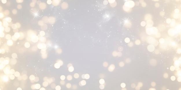 クリスマスと新年の休日の背景。背景をぼかした写真