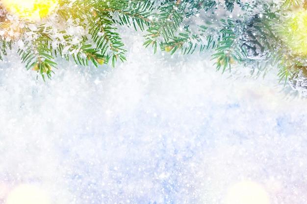 Рождественские и новогодние праздники фон, зимний сезон. рождественская открытка